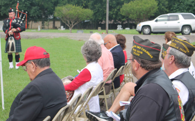 Memorial Day ceremony honors the fallen