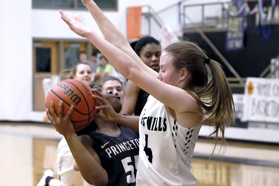 Finishing strong: PHS outscores Caddo Mills in second half