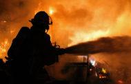 Multiple FDs fight garage fire