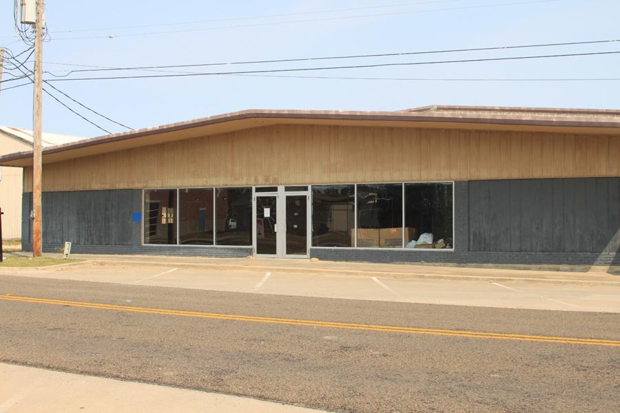Council approves façade grant