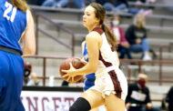 Girls basketball remains undefeated through Thanksgiving break